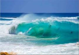 Waves coming in off Sandy Beach, south-eastern tip of Oahu.